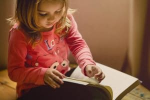 Retrouvez différents sites pour occuper vos enfants de façon ludique à la maison
